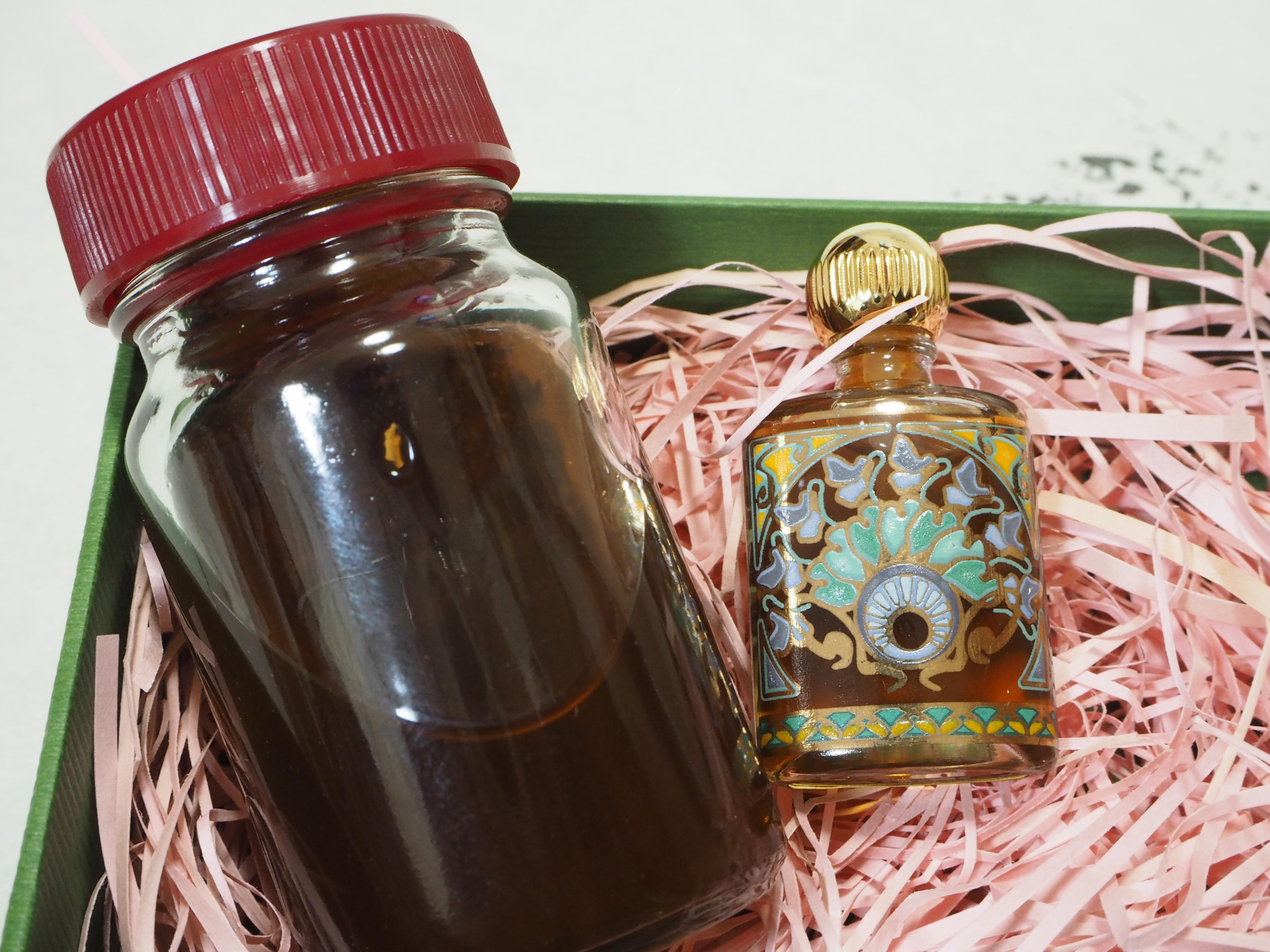 お香の香水プレゼント